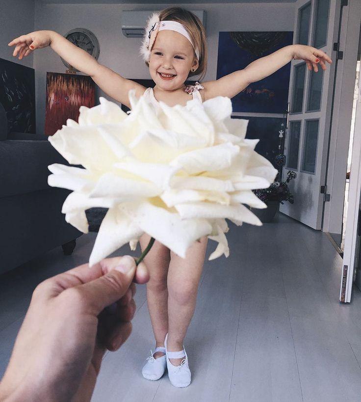 Мама одевает дочке платья из овощей :) 50 фото — Smehu.com