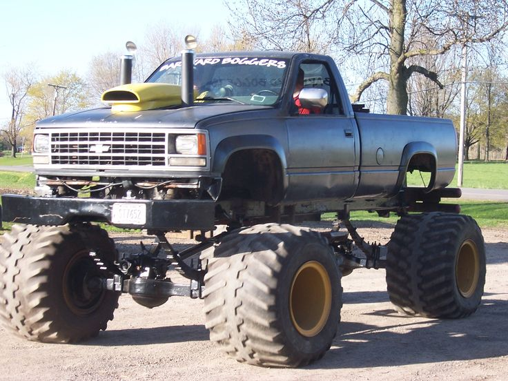 big lifted chevy trucks - photo #20