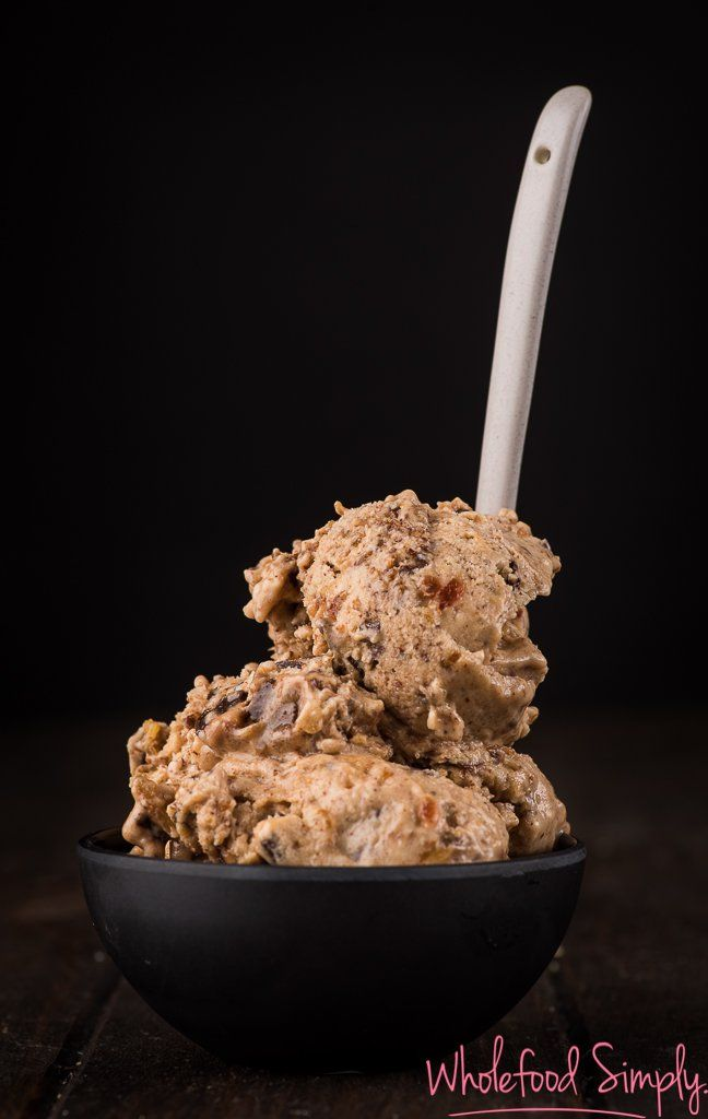 Ultra Caramel Choc Chip Ice Cream
