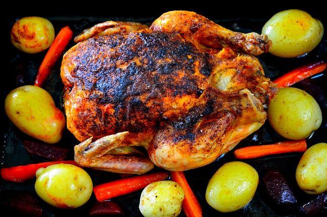 Fylld hel kyckling med primörer | Recept från Matskafferiet