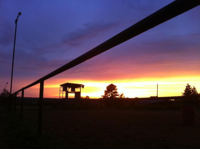 Folks' Poems: Tanya Renee Clemons Cowboy Poetry at the BAR-D  Ranch www.CowboyPoetry.com