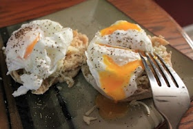 Our Whimsical World: {Creative Cooking}perfect! Poached EggsFresh Eggs, Creative Cooking Perfect, Poached Eggs