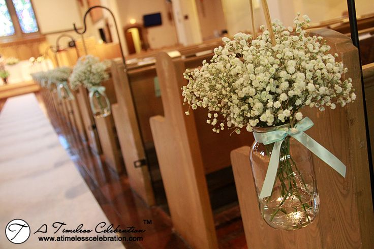 Fresh Flowers Baby's Breath Pew Markers Line the Church Wedding Ceremony Aisle | A Timeless Celebration Montreal Florist