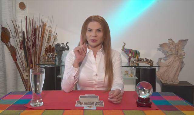 Mhoni Vidente - Horoscopos y Predicciones: ¡Predicción cumplida! Ella lo dijo en sus predicciones del mes de noviembre