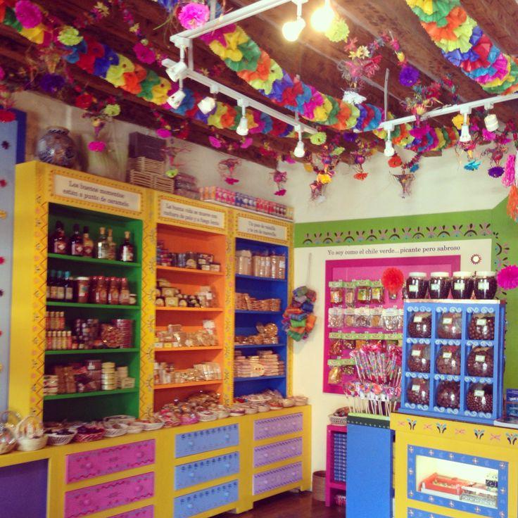 Tienda de dulces típicos mexicanos