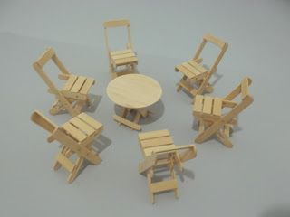 Tiny furniture made of Popsicle sticks(?) - Can't read this website, but I'm assuming these are made from Popsicle sticks. Would love to make some of these and other pieces for my Danbo.
