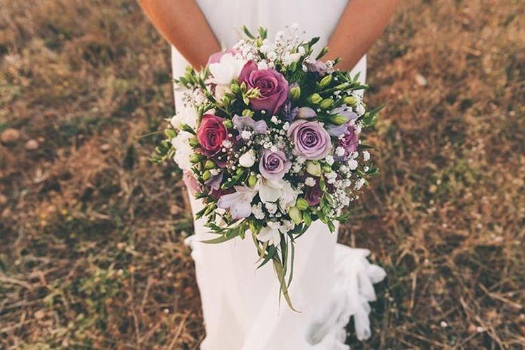 ¿Buscas un ramo para tu boda?    Wedding bouquets  #flowers #bride #colour #wedding #bodas #bodasnet