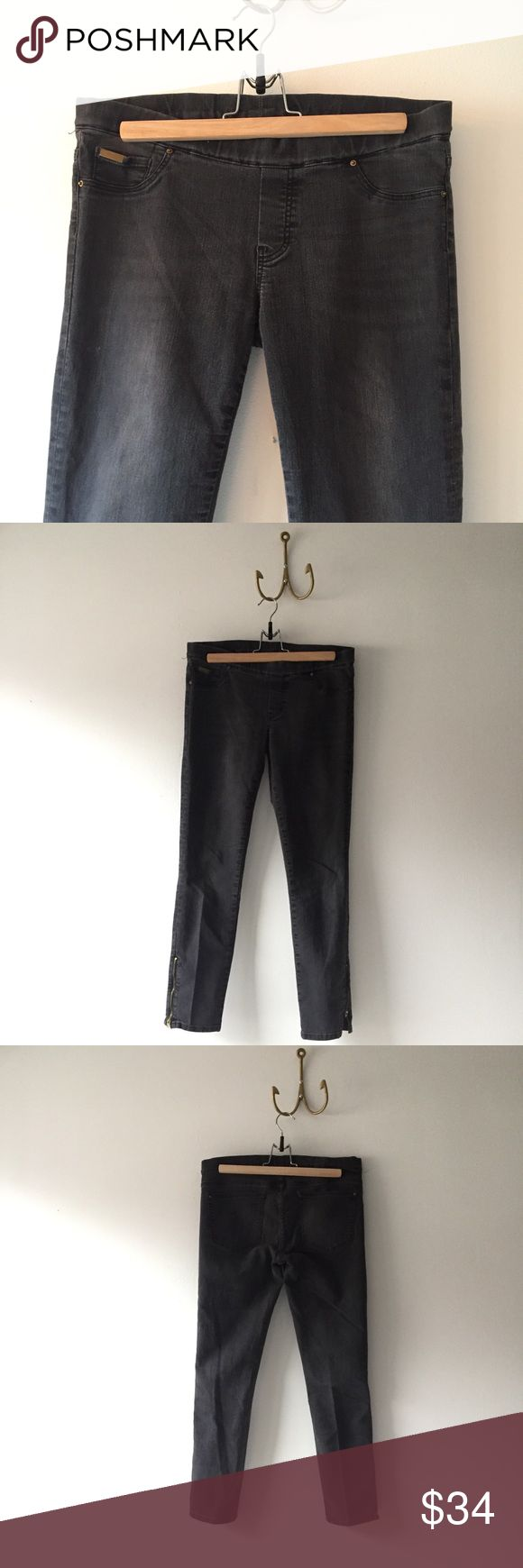 "Zara Faded Black Zipper Ankle Stretch Jean 27"" inseam 31"" waist Zara Jeans Ankle & Cropped"