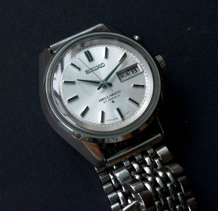 Collectable and rare Seiko 4006-7012 Bell-Matic 27 Jewels automatic alarm watch