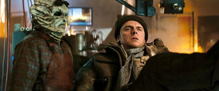Simon Pegg has been set to co-write Star Trek 3