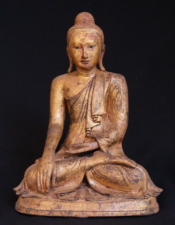 19th century bronze Mandalay Buddha Statue for sale   Antique Buddha Statues #Burma