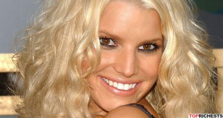 Singer and Actress Jessica Simpson Net Worth