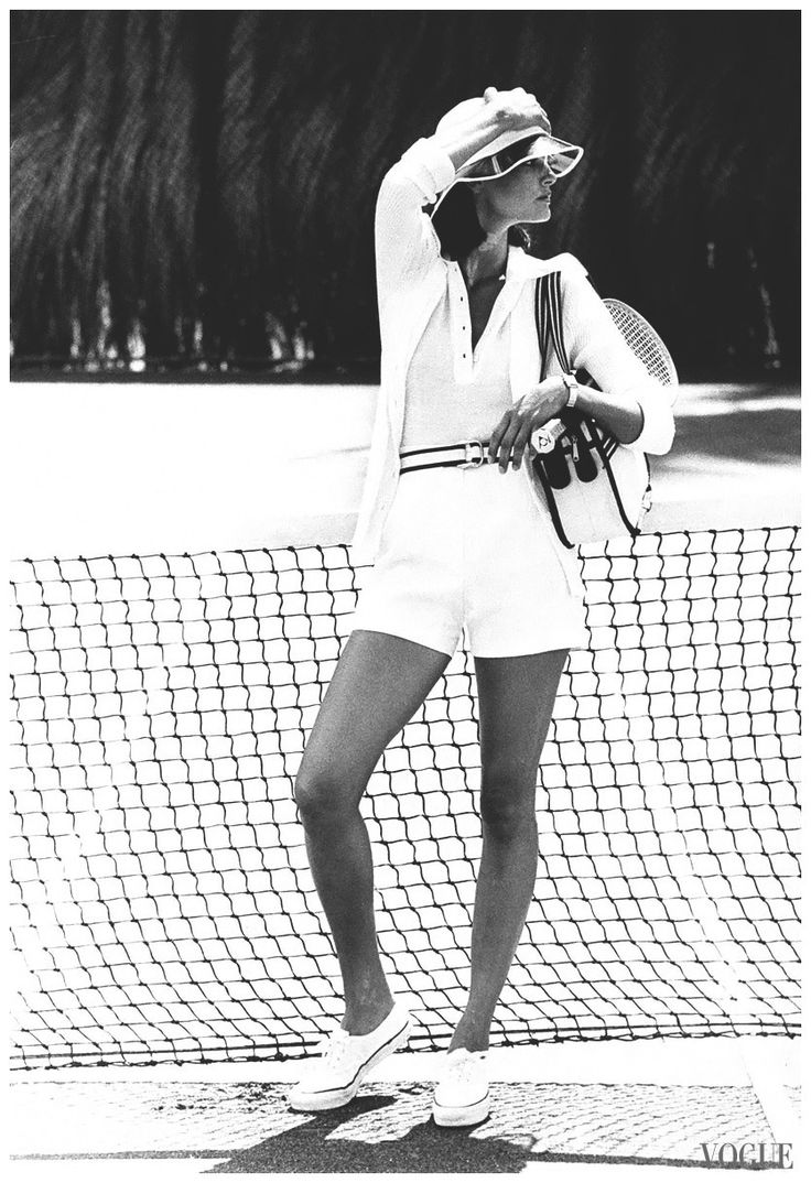 Tennis fashion photographed by Bob Stone for Vogue, 1974