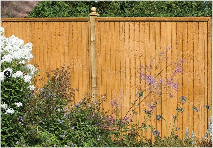 Forest Close Board Wooden Fence Panels 122cm x 183cm. Also available in three different sizes.