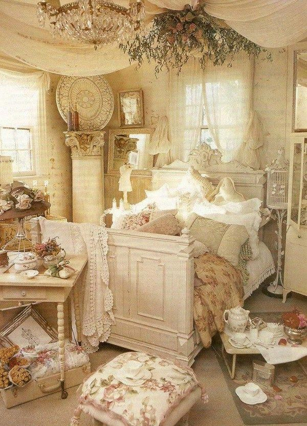 Love This Fancy Bed Room Adorning In Shabby Stylish Fashion Shabby Chic Decor Bedroom Shabby Chic Room Chic Bedroom Design