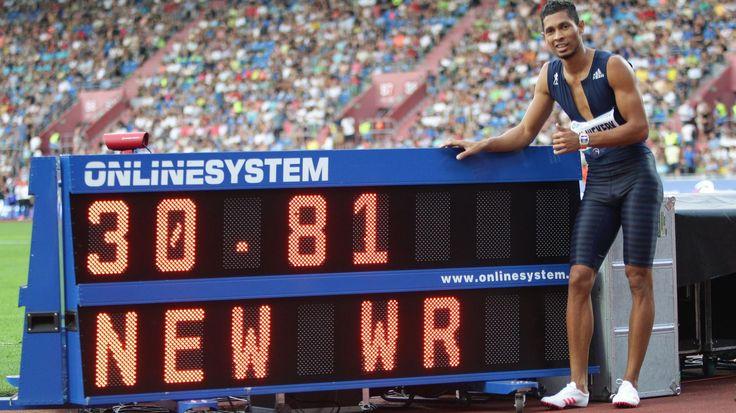 "Eurosport: Wayde van Niekerk cancella il record del mondo di Michael Johnson nei 300m: 30""81!"