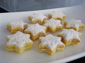 Orangensterne, ein raffiniertes Rezept aus der Kategorie Kekse & Plätzchen. Bewertungen: 43. Durchschnitt: Ø 4,4.