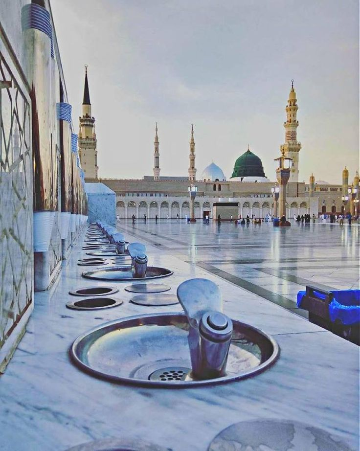 The water taps outside the courtyard of #MasjidalNabawi #Blessed #Islamic #Madinah #MashAllah #Mosques #Umrah #Religion #Muslims #Ummah #Hajj2018 #ZaitoonTravel