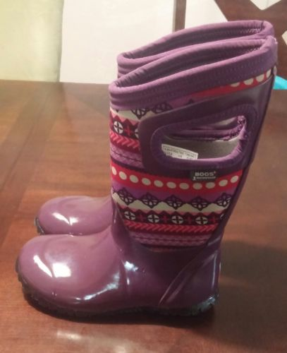 pre-owned  Bogs girl Classic high with Handles Winter Boot Purple size 9