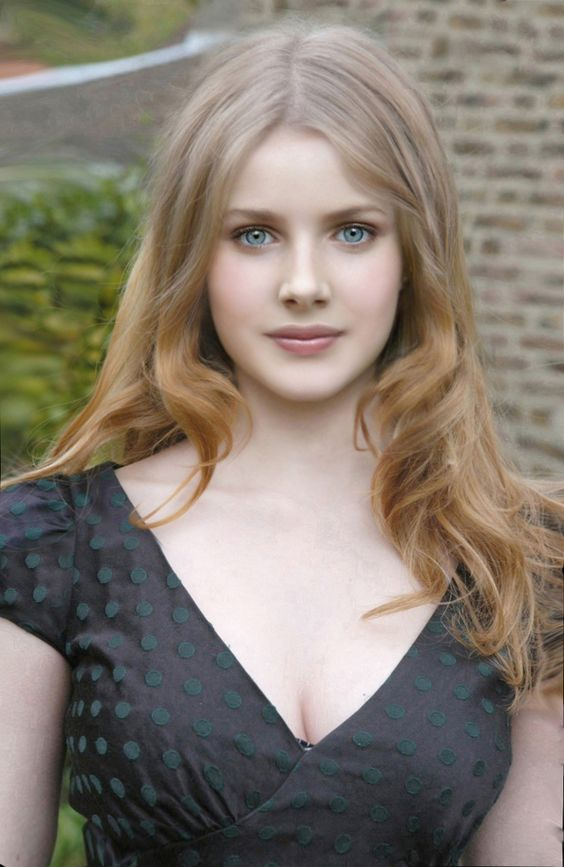 The alluring Rachel Hurd Wood. My personal celebrity crush.