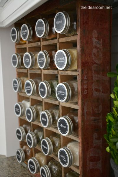 Printable Spice Labels | theidearoom.net #organization #labels #kitchen