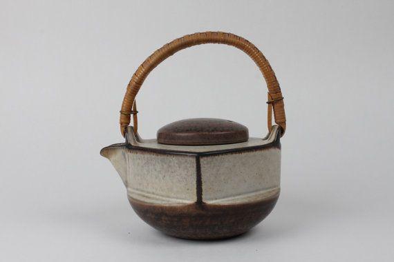 Marianne Starck Teapot 6235 by Michael Andersen - Danish mid century
