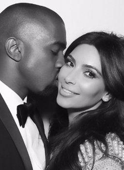 Küss mich! Kim Kardashian postet Zungen-Kuss-Foto an ihrem Hochzeitstag