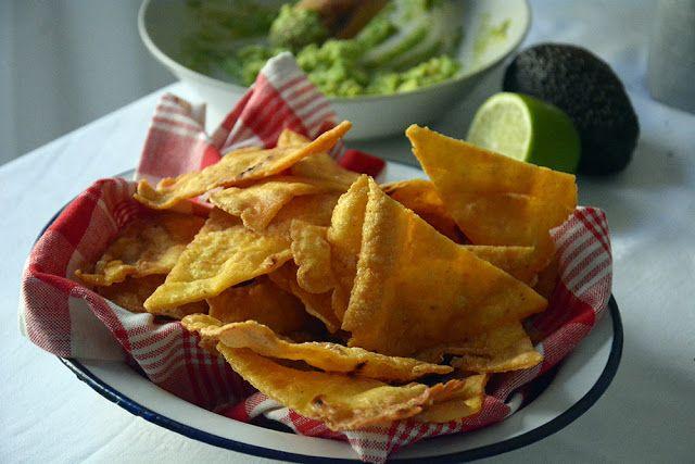 Como hacer Nachos caseros o totopos de maiz mexicanos   Las maría cocinillas