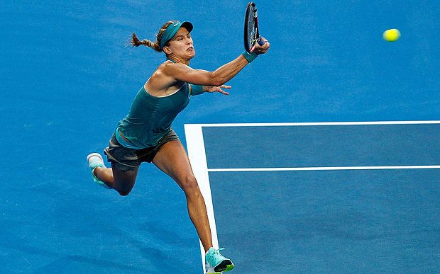 Eugenie Bouchard thrashes out-of-sorts Serena Williams at Hopman Cup