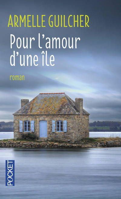 Nous vous proposons de suivre Marine, jeune médecin diplômée qui retourne s'installer sur son île bretonne natale.