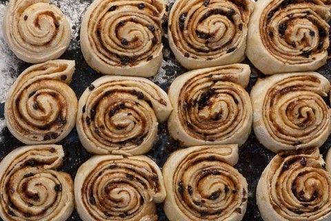 "Chelsea Buns - 18th century recipe | via ""History is Served"" presented by Colonial Williamsburg Historic Foodways"