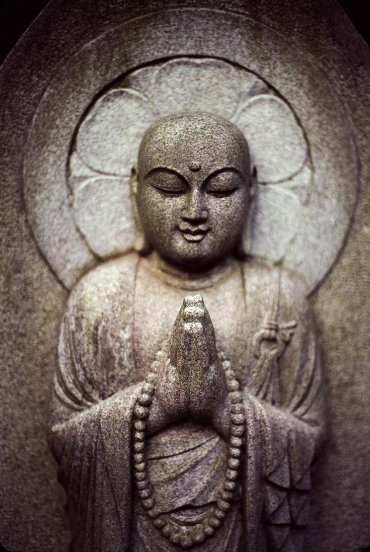 """""""Секрет здоровья для ума и тела не горевать о прошлом, не беспокоиться о будущем, а жить настоящим моментом, мудро и искренне."""" ~ Гаутама Будда """"The secret of health for both mind and body is not to mourn for the past, nor to worry about the future, but to live the present moment wisely and earnestly."""" ~ Gautama Buddha"""