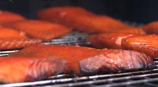 How To Smoke Salmon Like A Pro! http://eatgroovyrecipes.blogspot.com/2013/11/how-to-smoke-salmon-like-pro.html