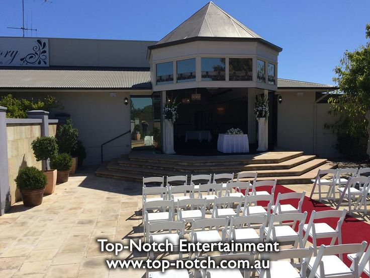 Wedding ceremony at All Seasons, Bendigo. http://www.top-notch.com.au/ https://www.facebook.com/TopNotchEntertainment/