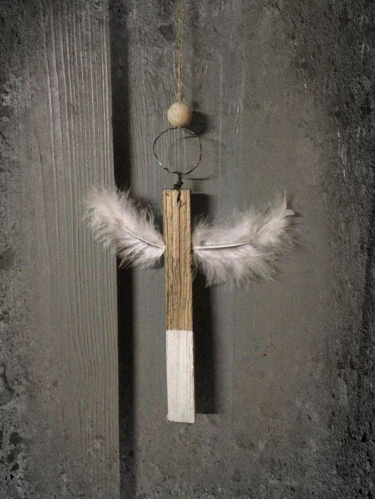 Die 25 besten ideen zu engel aus holz auf pinterest engel aus holzscheit brennholz buche und - Holzarbeiten weihnachten ...