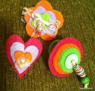 Handmade felt rings for our little princesses!! By ideatoevents.com