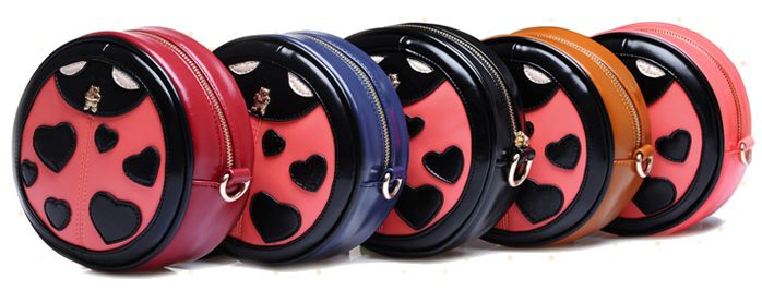 sweet round lucky ladybird woman bag  http://www.dhgate.com/product/sweet-round-ladybird-high-quality-imitation/216810911.html