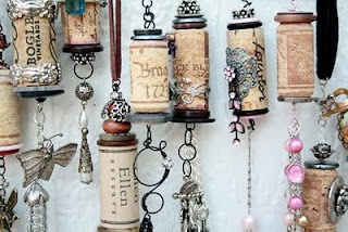 no tute, but other tutes on the web can show the basics.  Then just add whatever finery looks good.: Winecorks, Wine Corks, Wine Bottle, Cork Ideas, Cork Crafts, Cork Ornaments, Craft Ideas, Christmas Ornament