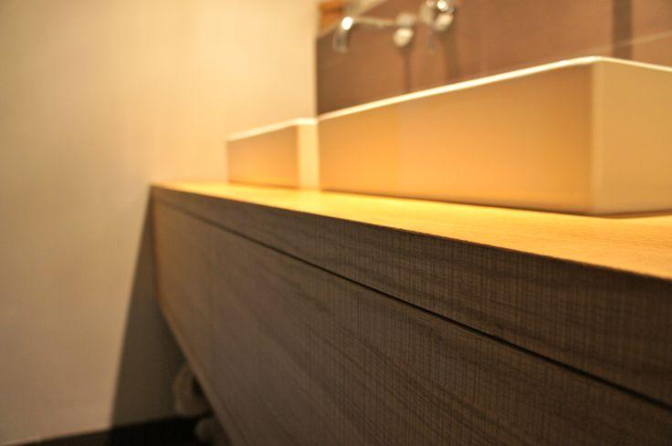 Hangend badkamer meubel op maat