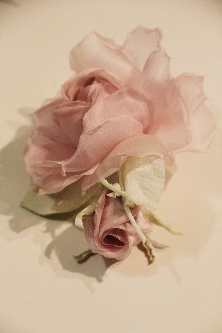Detail...Aslı Togay Handmade flower design...