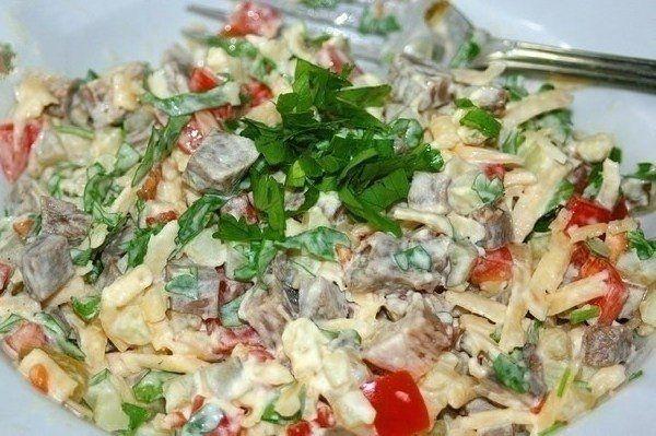 Фото к рецепту: Очень вкусный салат