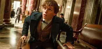 Review: 'Fantastic Beasts and Where to Find Them' is Deathly Hollow http://filmanons.besaba.com/review-fantastic-beasts-and-where-to-find-them-is-deathly-hollow/  Back in 1997, author J.K. Rowling unveiled a fantasy novel, titled Harry Potter and the Philosopher's Stone, introducing readers around the world to Harry Potter, an orphan who, on his eleventh birthday, learns he is a wizard. Potter is whisked away from his mundane reality to the Hogwarts School of Witchcraft and Wizardry, where…