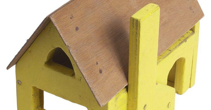 """Cómo calcular los cuadrados de construcción. Un cuadrado de construcción es un término utilizado para describir el monto de material para una construcción que cubra un área de 100 pies cuadrados (0,1 metros cuadrados). Los constructores también pueden cambiar el término con determinados tipos de proyectos específicos, como """"cuadrados para techos"""", que indica 100 pies cuadrados (0,1 metro ..."""
