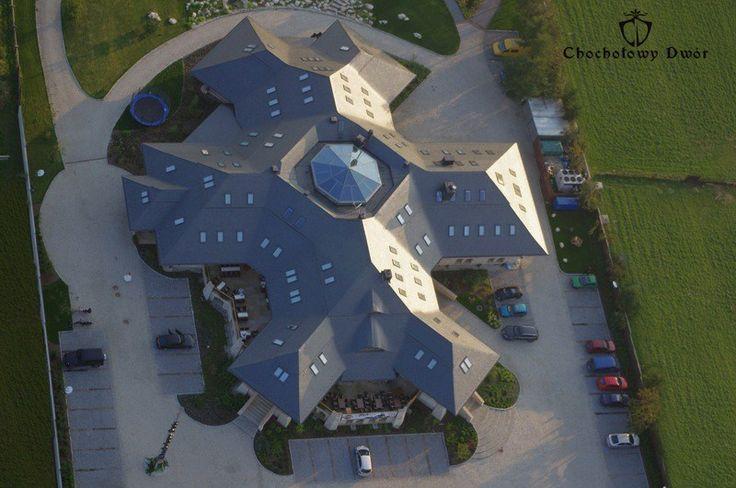 Chochołowy Dwór z lotu ptaka - niesamowity, prawda? // Aerial picture of Chochołowy Dwór - it is incredible, isn't it?  #aerial #hotel #Krakow