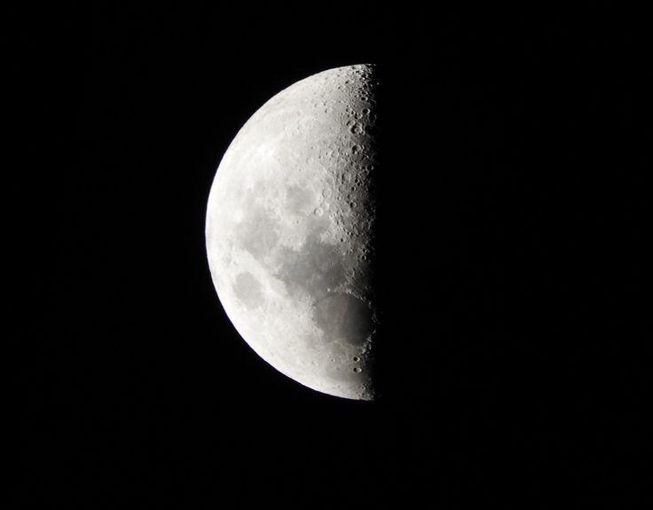 Luna Cuarto Creciente 48%