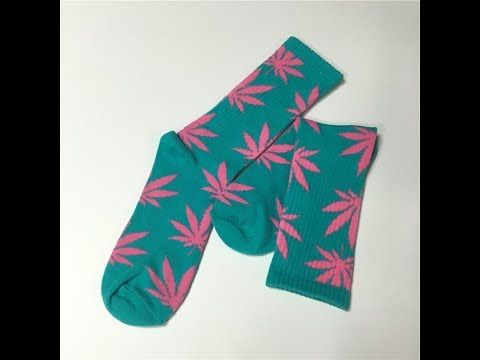 Wholesale 100% Cotton Socks Green With Pink Weed Leaf Long Socks | Uniland Tubing