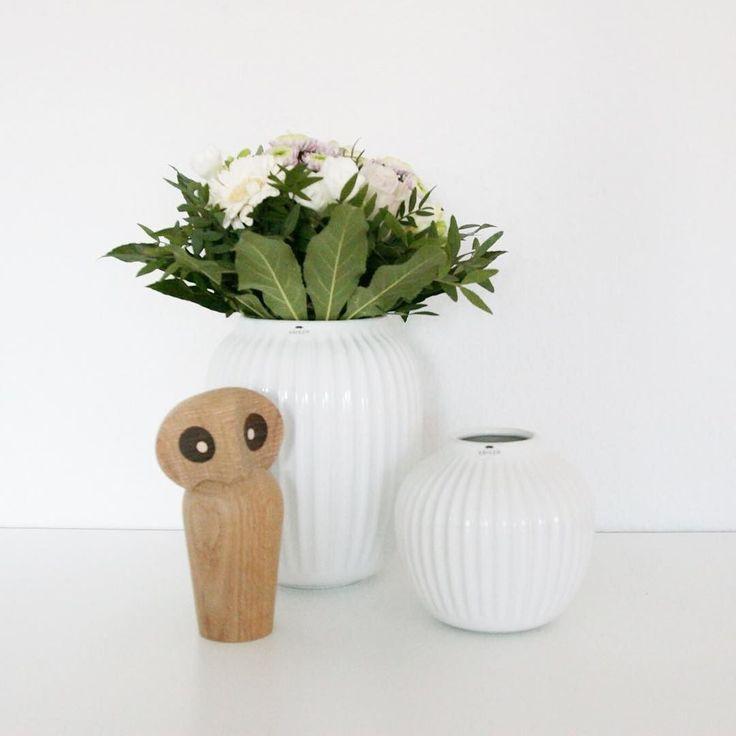 Jeg elsker når min mand sender mig blomster - @emiliocortezg !! Nu er der kun en lille måned til at han er hjemme hos mig igen! Jeg kan ikke vente.. Rigtig dejlig aften til jer alle! #blomster #owl #kähler #kählerdesign #bolig #bobedre #boligindretning #boligmagasinet #interior #indretning #inspiration #hammershøi #architecture by homebyjuul