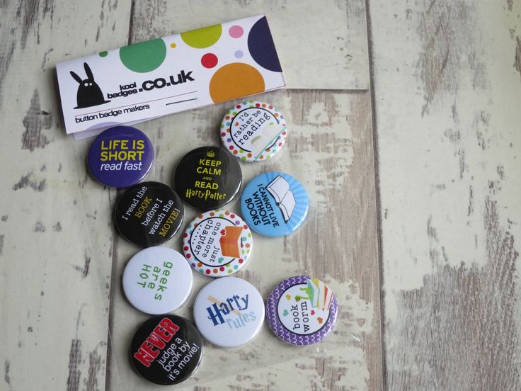 Calling all of you bookish folks! We have a great selection of book badges avail… – Button badges