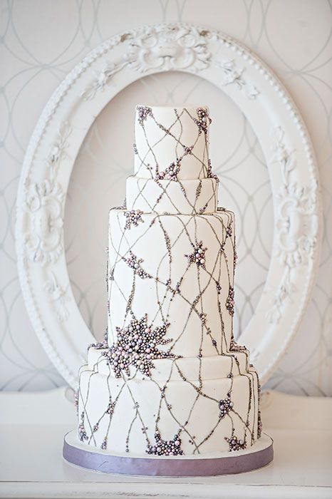 White Wedding Cake with Vines
