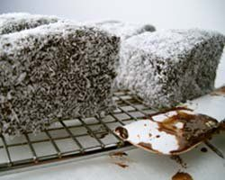 Lazy lamingtons (Lamingtons in Hobart) Possum Magic Party